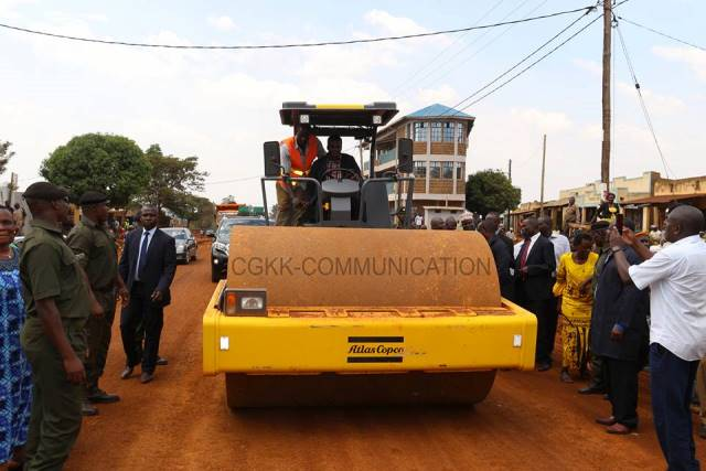 Oparanya takes bitumen roads construction to sub counties county oparanya takes bitumen roads construction to sub counties sciox Choice Image
