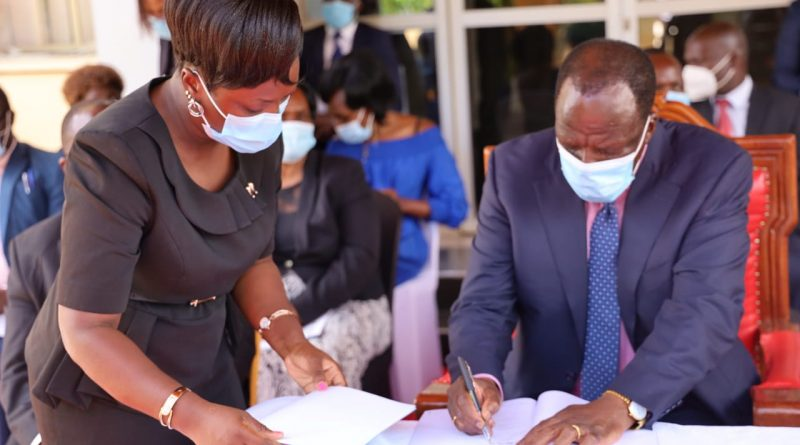 COUNTY SIGNS MOU WITH AMPATH TO SUPPORT MEDICS AND PEOPLE LIVING WITH HIV