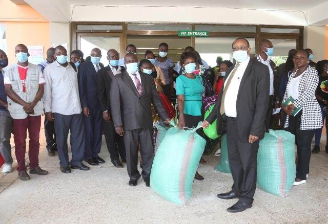 COUNTY DONATES FOOD STUFFS TO  CHILDREN CHARITABLE INSTITUTIONS